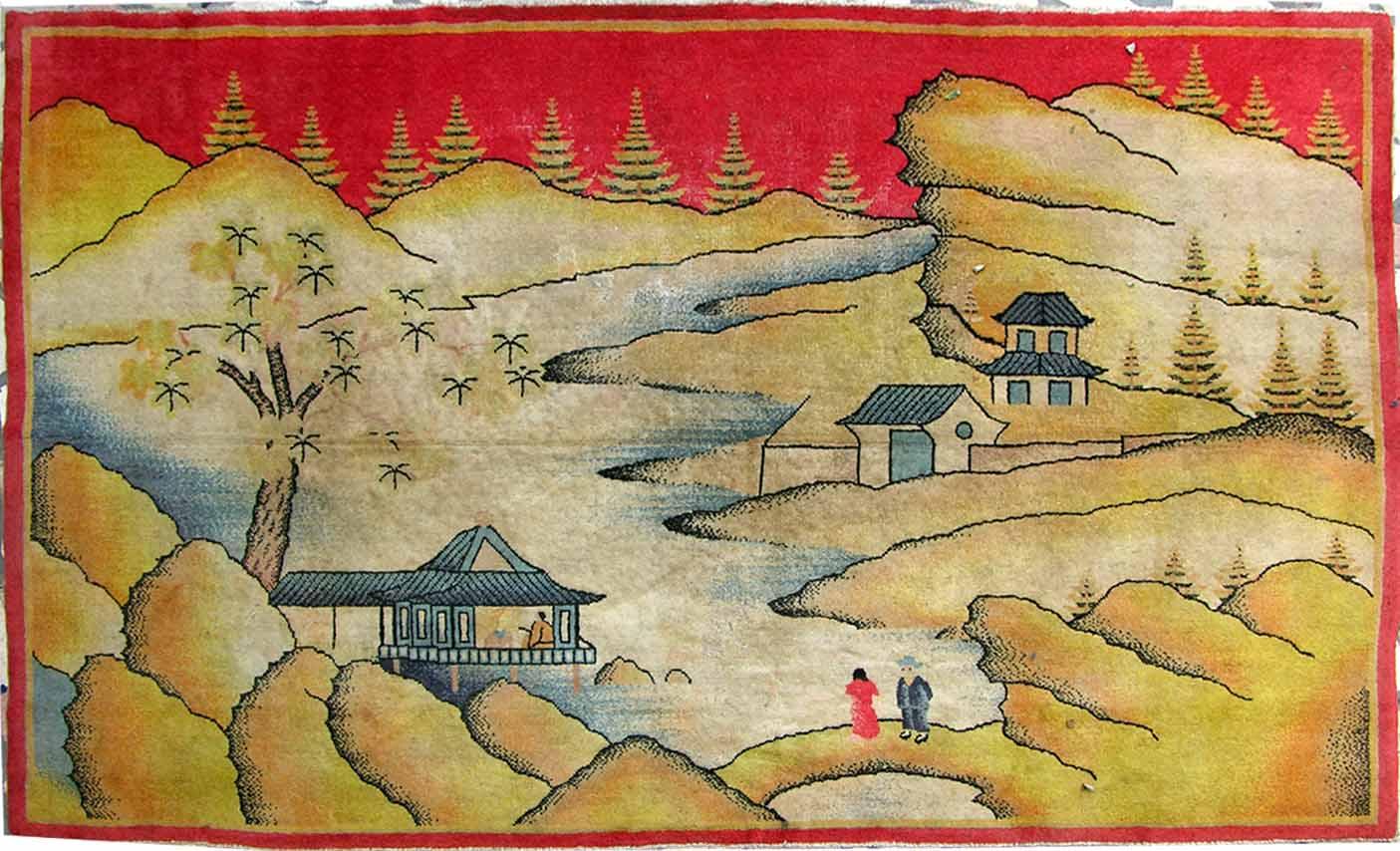 地毯作为家居中一道不可或缺的风景,占据家居的中心地位。而,地毯也品种繁多,现代、民族、异域等。不同风格打造不同家居情调。纯毛地毯按照编制工艺可以分为手织地毯和机织地毯两种。 手织地毯的价格比较珍贵,其中具有浓郁东方特色的新疆地毯 、藏毯和波斯地毯 在家居风格的搭配上构成了一道独特的风景。这些西域风情地毯以其优异的品质和悠久的历史,在各类地毯中别具一格。新疆地毯的原料是著名的和田羊羊毛。这种羊毛粗而不粘,坚韧而富于弹性,具有耐拉、耐压、光泽好、强度大。 新疆地毯的图案和颜色具有鲜明的民族特点和浓郁的地方色彩