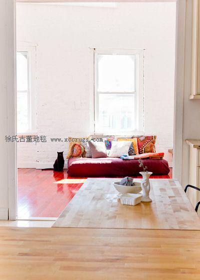 赢咖3平台资讯旧地毯DIY 极简艺术单身公寓